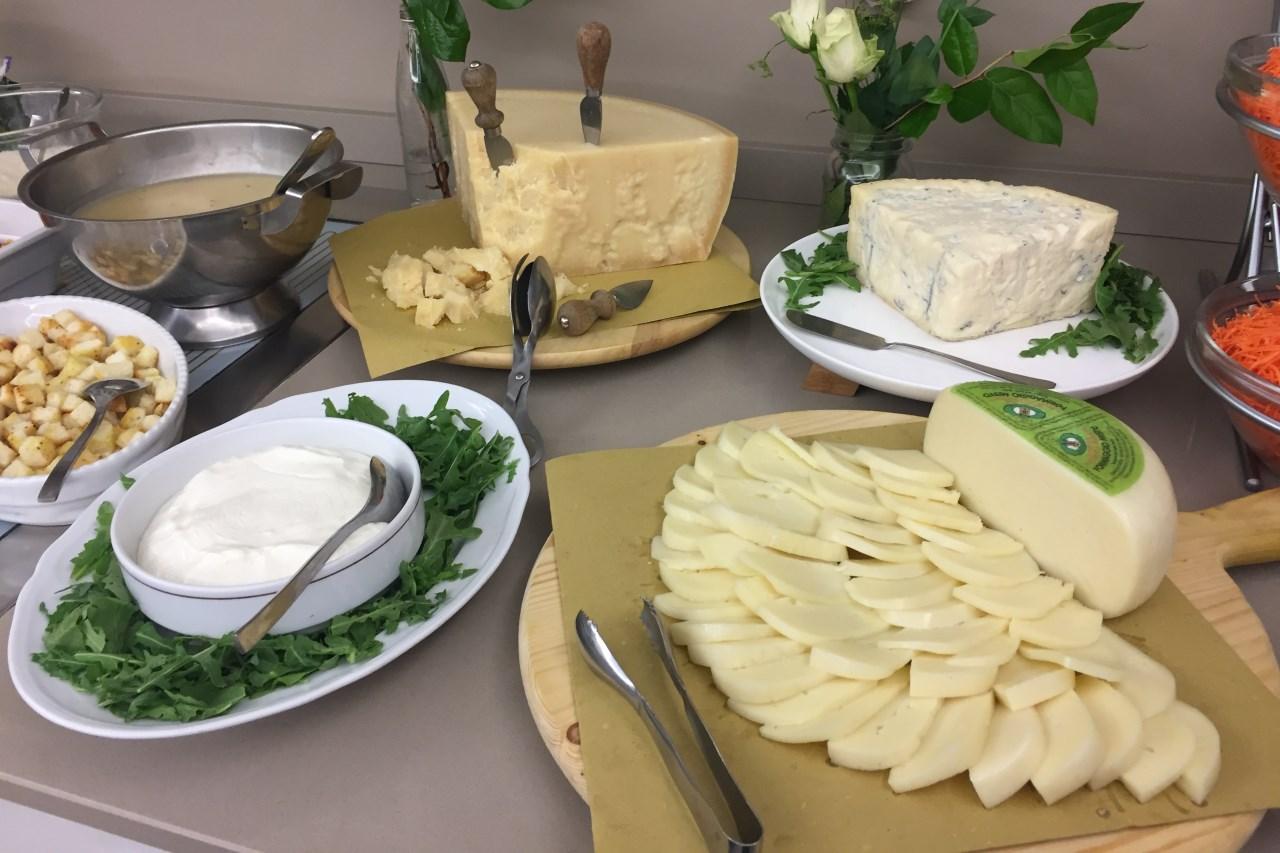 Buffet formaggi | Hotel con cucina tipica romagnola