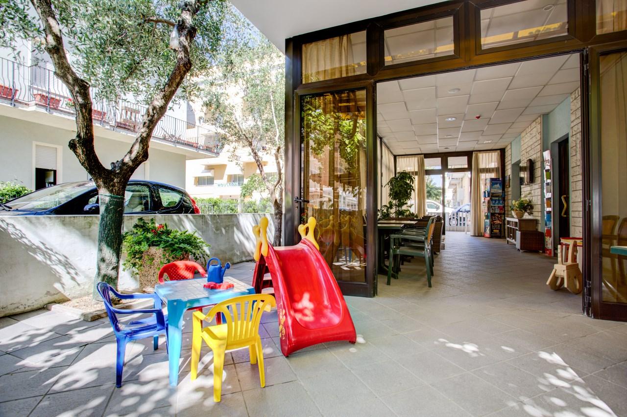 Offerta hotel famiglie con bambini | Villa dei Gerani